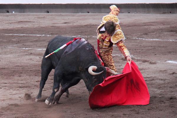"El Juli à Bilbao face au toro ""Juglar"" de Garcigrande"